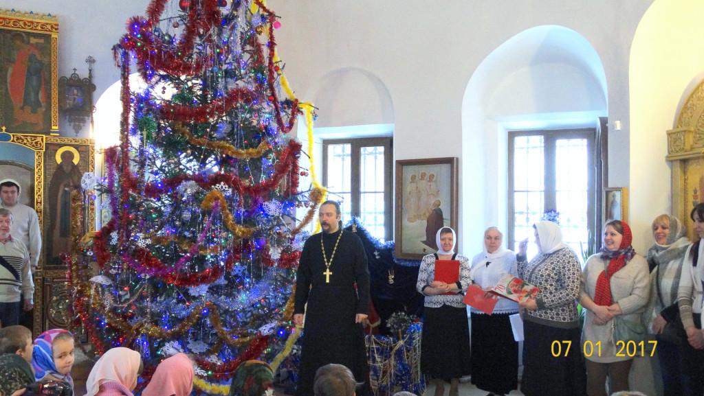Рождественский детский праздник в Крестовоздвиженском храме города Коломны